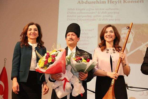 Abdurehim héytning 2015-yilidiki türkiye ziyaritidin bir körünüsh. Enqere, türkiye.