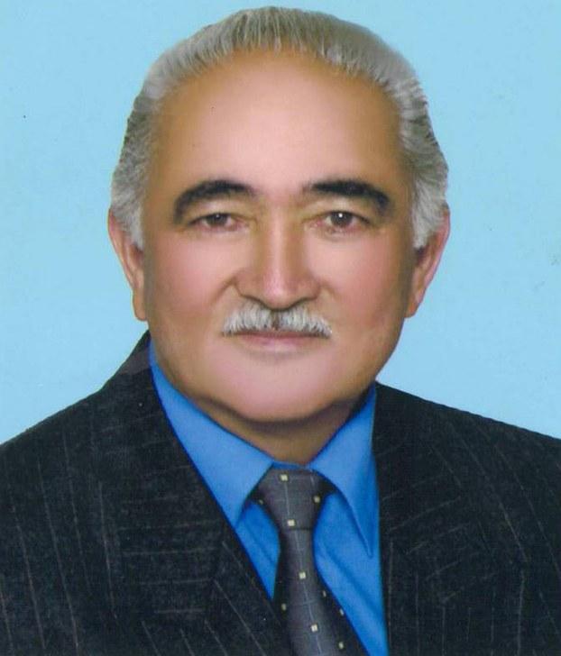 Tonulghan yazghuchi we dramaturg exmetjan hashiri ependi.