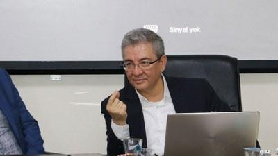 yipek-yoli-we-uyghurlar-erkin-ekrem.jpg