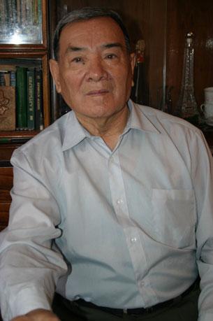 مەشھۇر تىلشۇناس ئالىم تۇغلۇقجان تالىپوف 2012-يىلى 14-ئىيۇل كۈنى ئالەمدىن ئۆتتى.