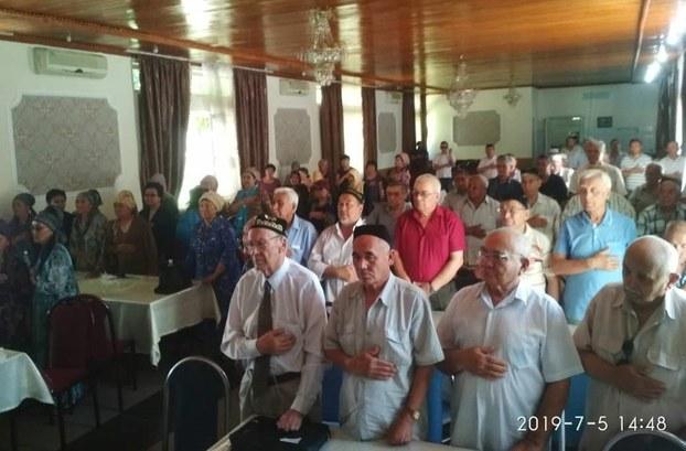 """""""5-Iyul ürümchi qirghinchiliqi"""" ning 10 yilliqini xatirilesh pa'aliyitidin körünüsh. 2019-Yili 5-iyul, bishkek, qirghizistan."""