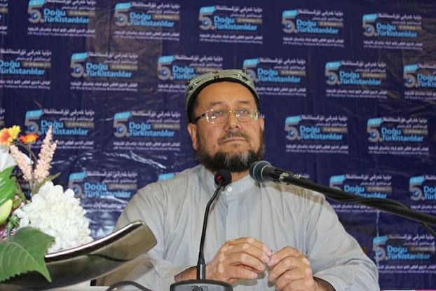 5-Нөвәтлик «дуня шәрқий түркистанлиқлар қериндашлиқ» йиғинида абдулһекимхан мәхсум уйғурлардики исламий ислаһат һәққидә тохталди. 2013-Йили 24-июн, истанбул.