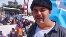 Jenwe shehiride élip bérilghan Uyghur we tébetlerning birleshme namayishigha gérmaniyedin kelgen yash. 2016-Yili 16-séntebir, shwétsariye.