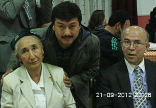 Panahliq iltimasi ret qilin'ghan Uyghur abdulfaruq rabiye qadir xanim bilen. 2012-Yili 21-séntebir, gollandiye.