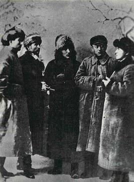 Qeshqeriyening ahale, millet, ijtima'iy qurulmisi we Uyghur inqilabining qismiti