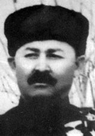 Сүрәттә, шәрқий түркистан җумһурийитиниң ички ишлар министири  рәһимҗан сабирһаҗи.