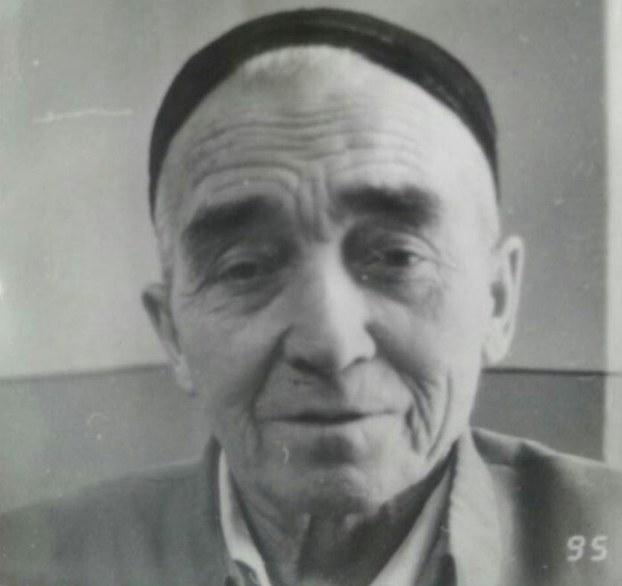 Мәрһум низамидин һүсәйин әпәндим. 1995-Йили үрүмчи.